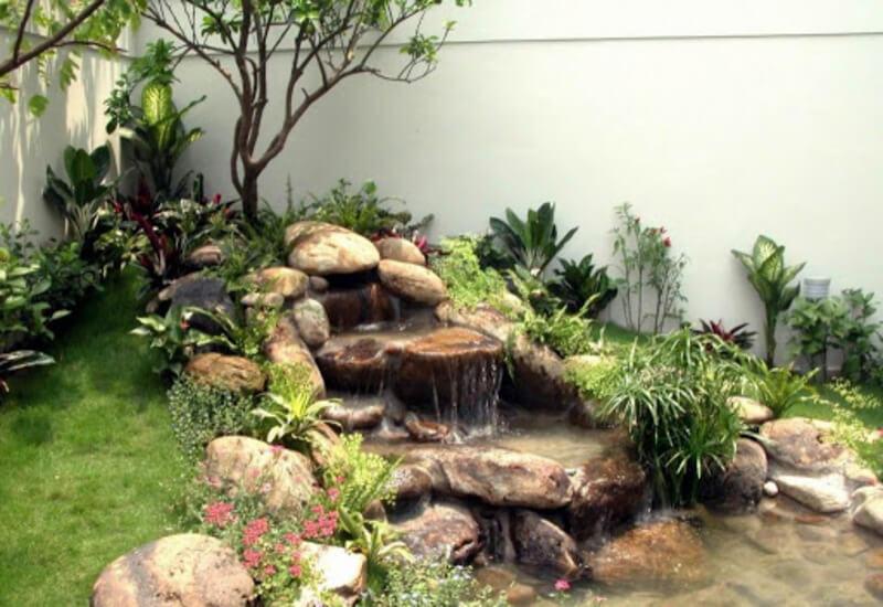 Mẫu tiểu cảnh sân vườn kết hợp với thác nước